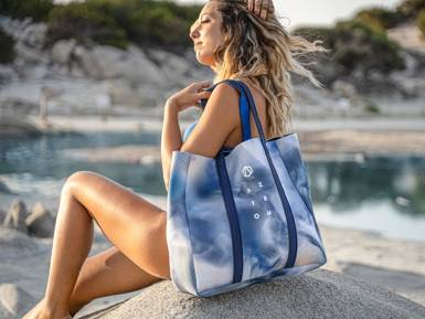 Aztron Glow Neo Tote Bag (2021)